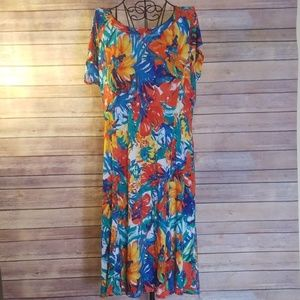 NWT Westbound colorful floral L dress